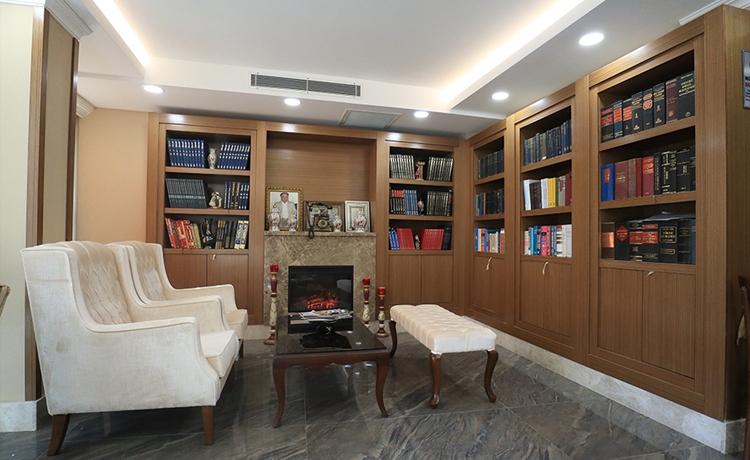Lobby & Kütüphane